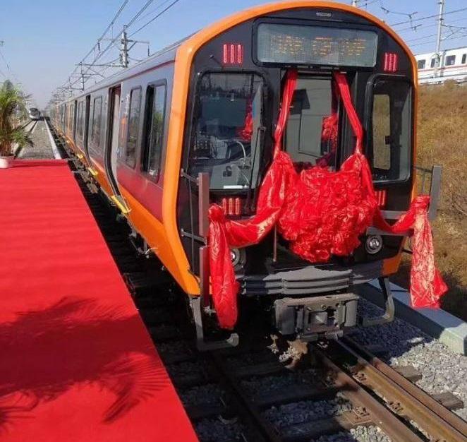 A new Orange Line car, already signed for Oak Grov