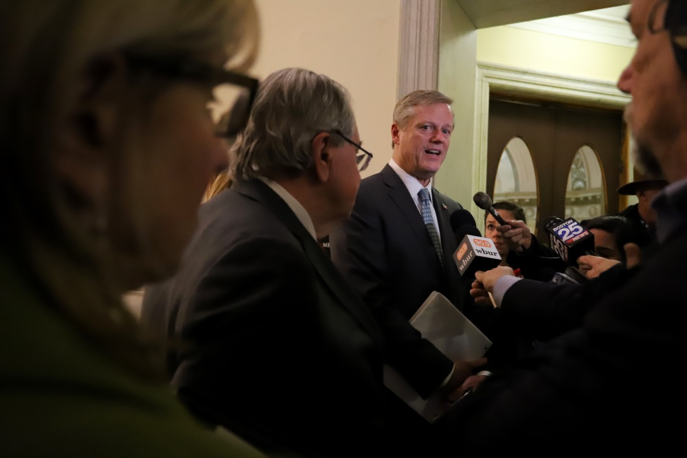 Uncaptioned image for story:Baker Urges Dems to Compromise on Budget