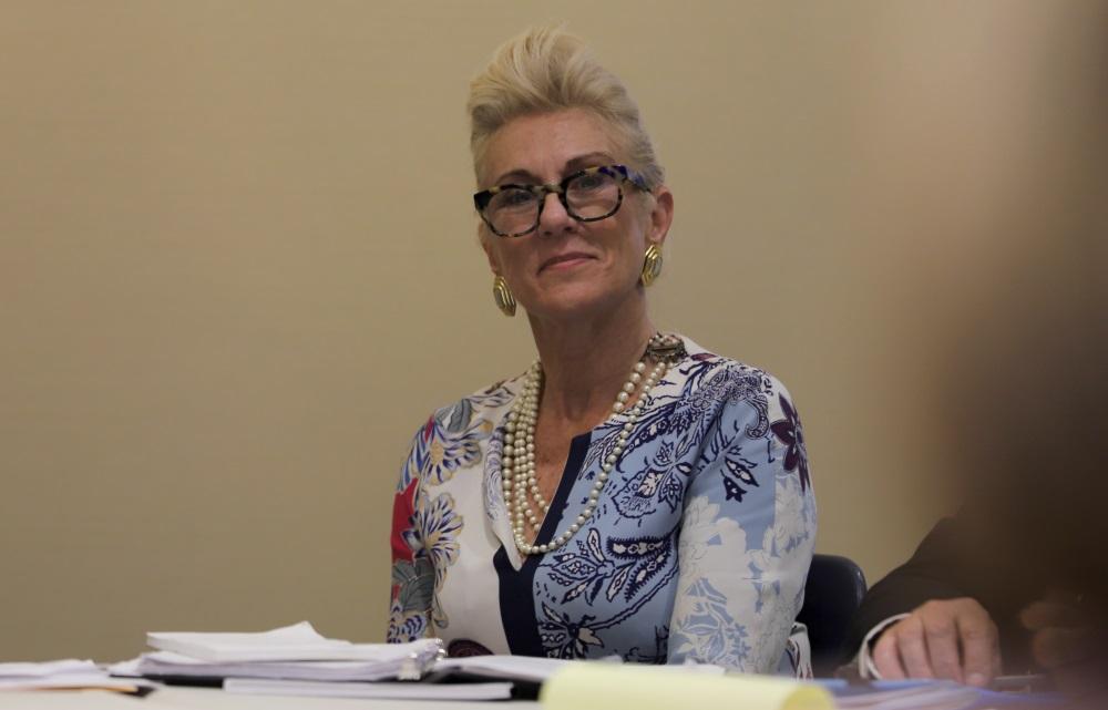 Juvenile Court Chief Justice Amy Nechtem participa