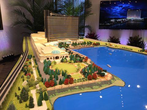SHNS Multimedia Gallery - views - Models of Wynn Resorts proposed